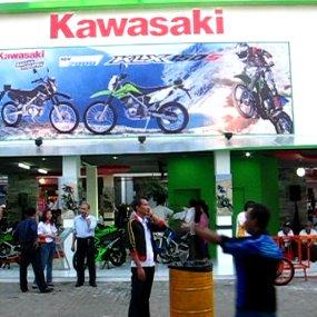 Harga Bebek Baru Kawasaki Rp 12-13 Juta