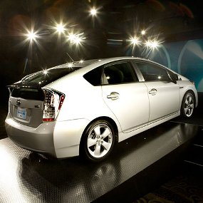 Daftar Mobil Paling Irit Bensin