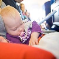 Bolehkah Bayi 2 Bulan Naik Pesawat?