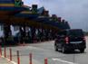 GT Cimanggis Utama ini merupakan gerbang tol miring pertama di Indonesia. Pembangunan GT yang menyerap biaya sekitar Rp 48 miliar ini sengaja didesain miring karena keterbatasan lahan.