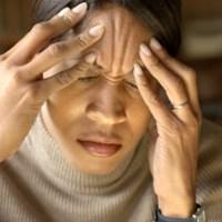 Sakit Kepala Hebat dan Sering Mimisan Itu Pertanda Apa?