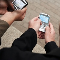 Smartphone Bisa Bikin Mata Cepat Rusak