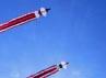 Layang-layang jenis Jangan (naga) yang berekor hingga 100 meter membelah angkasa.