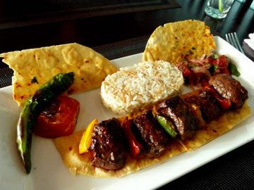 Buka Puasa dengan Makanan Autentik Turki