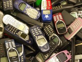 Protes Pencuri Pulsa, Maukah Anda Matikan Ponsel?