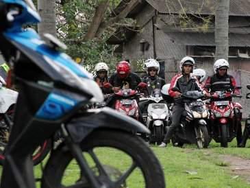 Honda Siapkan Vario Helm in