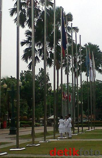 7 Bendera Peserta SEA Games Dikibarkan