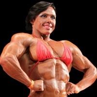 Wanita yang Jadi Juara Otot Besar Karena Kecanduan Binaraga