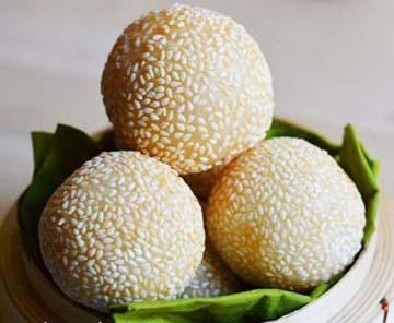 Resep Kue: Onde-onde Isi Kacang Ijo