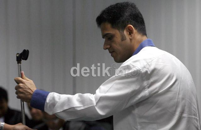 Nazaruddin Bacakan Pledoi