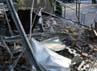 Bangunan yang rusak ini berada di Banda Aceh. REUTERS/Junaidi Hanafiah.