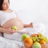 Sayur dan Buah yang Sebaiknya Dihindari Saat Hamil