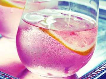 Siapakah Pencipta Pink Lemonade?