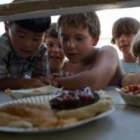 Banyaknya Jajanan Tidak Sehat di Lingkungan Sekolah Anak