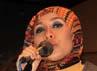 Vokalis La Luna saat ini berpenampilan baru dengan berhijab. Agung Pambudhy/detikcom.