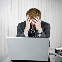 Saat Stres Baiknya Matikan TV dan Komputer