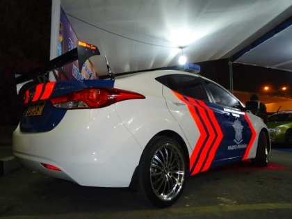 Mobil Polisi pun Bergaya