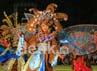 Seluruh pertunjukan dibagi dalam beberapa fase proses pembuatan batik tersebut. Muchus Budi Rahayu/detikcom.