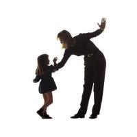 Orangtua yang Suka Memukul Pantat Anaknya Cenderung Alami Gangguan Mental