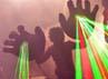 Tak sekadar konser dan selesai, di setiap aksinya, The Flaming Lips memberikan suguhan hiburan yang keren. Rick Diamond/Getty Images.