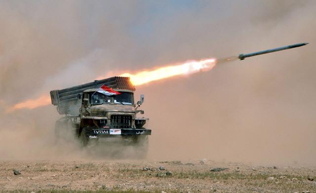 Konflik Suriah Memanas, Bom Diluncurkan