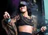 Rihanna tampil enerjik di Barclaycard Wireless Festival. Danny Martindale/Getty Images.
