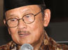 BJ Habibie saat jumpa pers film Habibie & Ainun di kantor MD Entertainment, Jak Pusat, Minggu (15/7/2012). Gus Mun/detikHOT.