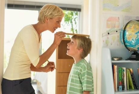 Hitung Tinggi dan Berat Badan Anak Anda?