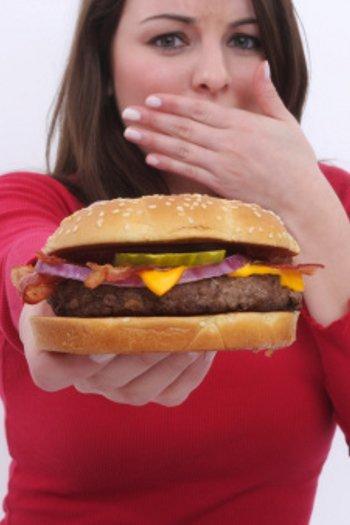 Pantangan Buat Orang yang Punya Kolesterol Tinggi 1