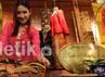 Batik tulis asal Kudus Jawa Tengah itu semakin populer keberadaanya di mata nasional dan internasional.