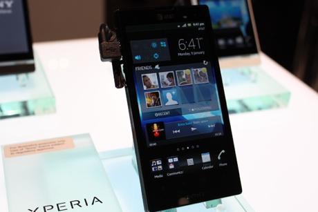 Xperia Ion Siap Lawan HTC One X & Galaxy S III