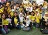 Project photobook mereka berhasil diberikan pada FT Island saat di Singapura. (dok. FTIndonesia).
