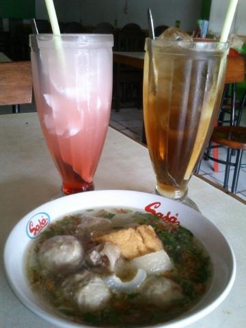 Mampir Makan Bakso Wonogiri di Jakarta