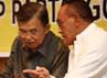 Dalam acara Sarasehan dan Buka Puasa Bersama tersebut, Ical duduk berdampingan dengan JK. Kedua juga terlihat berbincang-bincang disela-sela acara tersebut.
