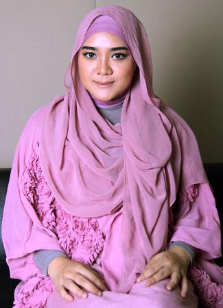 Tutorial Hijab untuk Tampilan Menawan Saat Idul Fitri 9