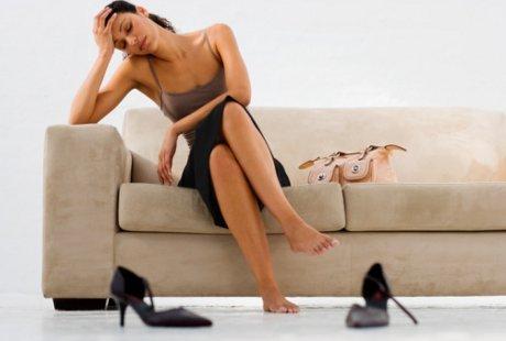 Stres Karena Pekerjaan? Bersantailah di Sofa