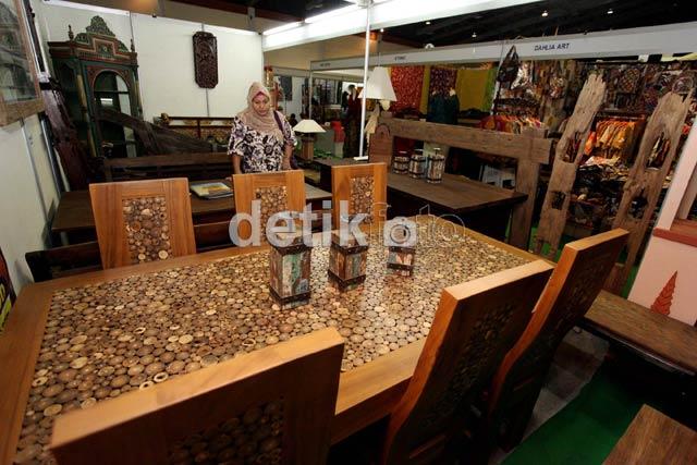 Berburu Furniture Unik dari Kayu Jati