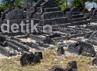 Makam raja-raja Hadat Banggae Mandar dan adat Banggao atau Majene yang wafat pada tahun 1210 H atau pada tahun 1789 masehi. Makam tersebut berada di Komplek Makam di Ondongan Kelurahan Pangali Ali Kabupaten Majene Sulawesi Barat. Gus Mun/detikcom.