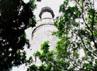 Masjid yang terletak di Jalan Guang Ta, Kota Guangzhou, Provinsi Guangdong, China ini dibangun pada abad ke-7 Masehi saat Islam mulai diperkenalkan utusan khalifah ke-3 Utsman bin Affan, Saad bin Waqash.