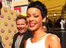 Rihanna tampil dengan rambut cepaknya. Christopher Polk/Getty Images.