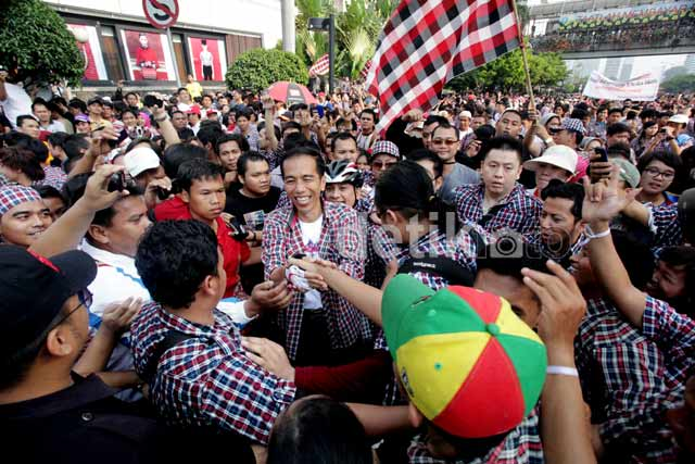 Jokowi Dielu-elukan Ribuan Warga Jakarta