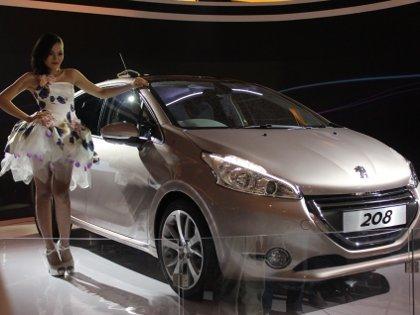 Peugeot Kenalkan 208, Si Hatchback Ramah Lingkungan