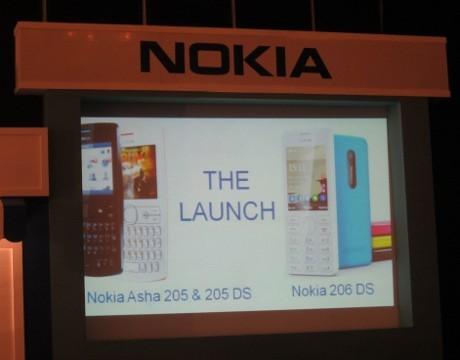 Nokia Lepas Duo Asha Rp 600 Ribuan
