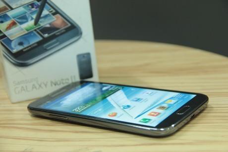 Galaxy Note II, Si Besar yang Memuaskan