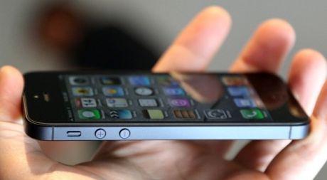 Kenapa iPhone 5 di Indonesia Mahal?