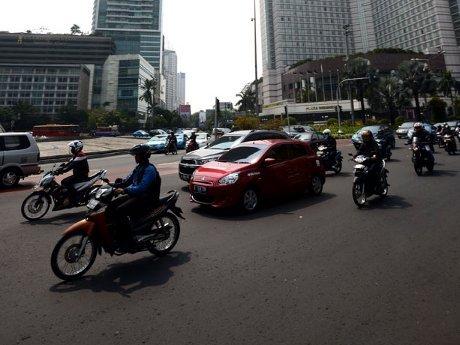 Begini Cara Menyetir Kendaraan di Perkotaan Agar Hemat BBM