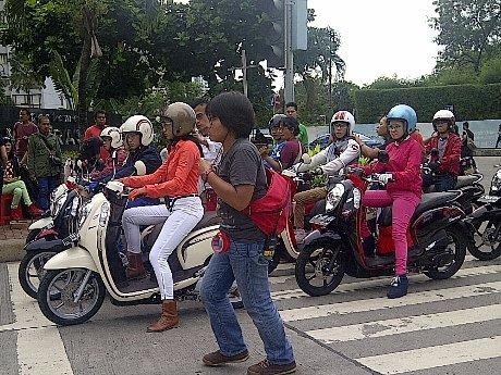 Selain Injeksi, Honda Scoopy Kini Lebih Warna-warni