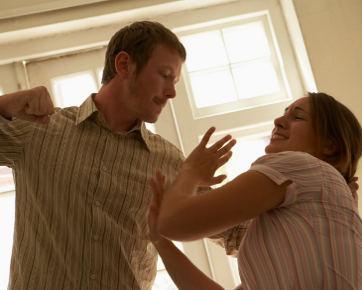 75% Kekerasan Saat Pacaran akan Berlanjut di Rumah Tangga