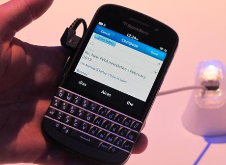 BlackBerry Z10 Maret, Lalu Q10 Kapan Masuk Indonesia?