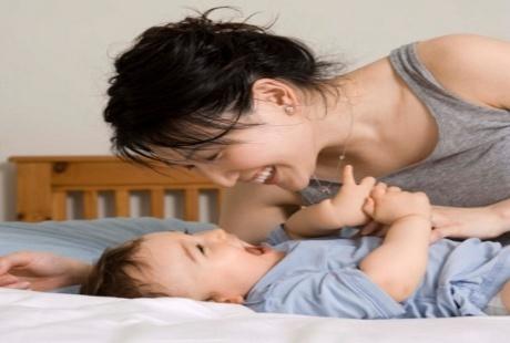 Rangsanglah Panca Indra Bayi Agar Menjadi Anak Cerdas